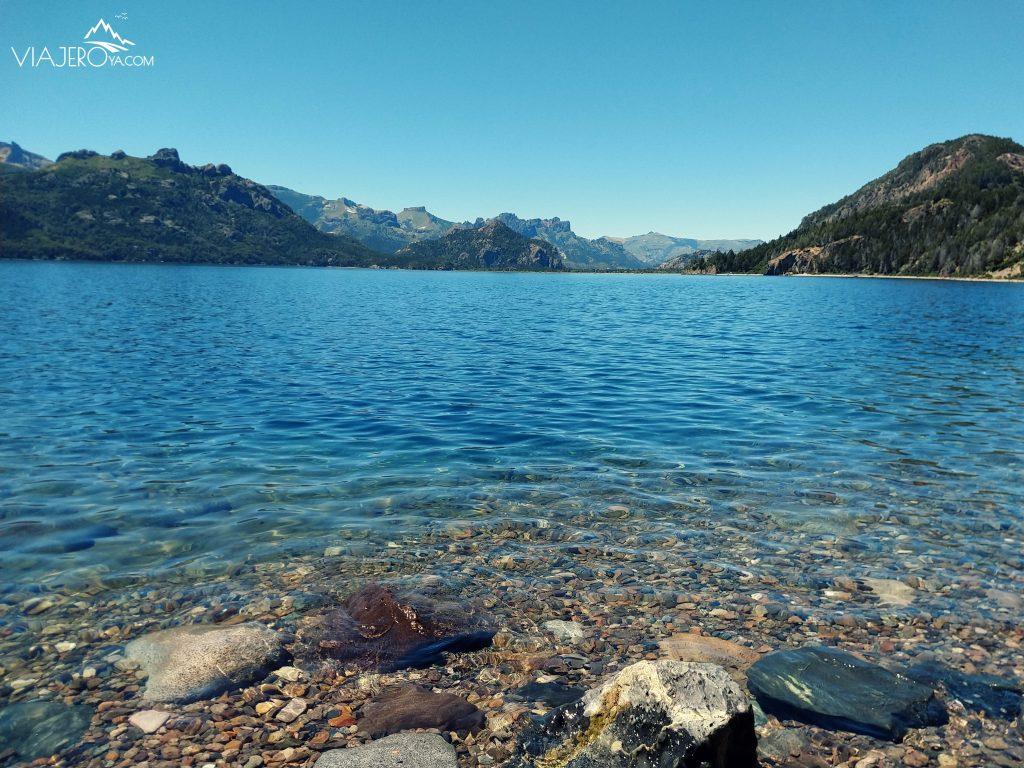 Imagen del lago en circuito de los siete lagos Bariloche